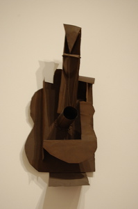 picasso guitare sculpture