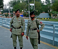 pakistani soldiers
