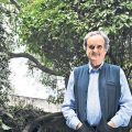 "Real India: The BBC's Mark Tully on Poverty and ""Tinderwood"""