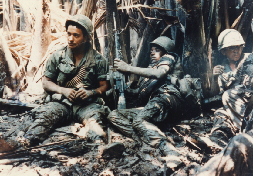 USA,-Viet-troops-sitting-down